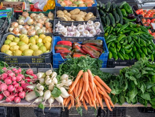 The Dirty Dozen and the Clean Fifteen – the good, bad and the ugly  of the fruit and veg world